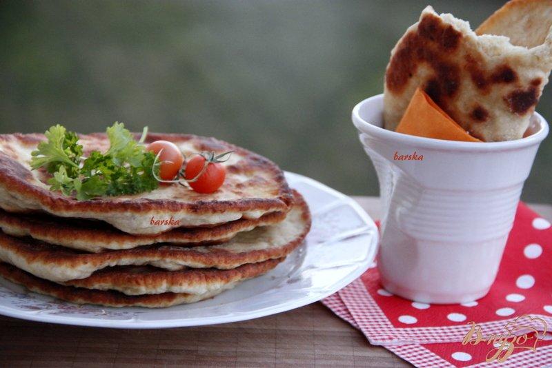Фото приготовление рецепта: Лепёшки с мясом шаг №8