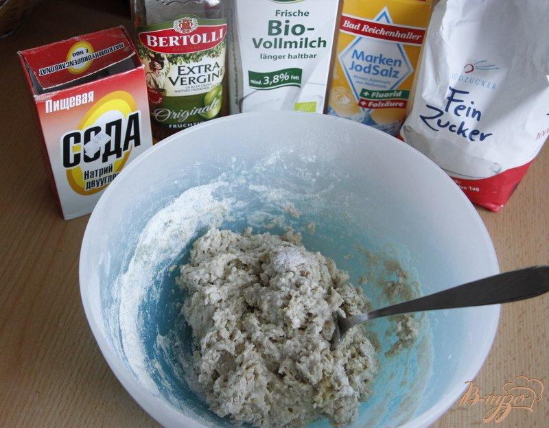 Фото приготовление рецепта: Лепёшки с мясом шаг №3