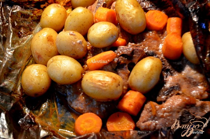 Фото приготовление рецепта: Свиные отбивные в барбекю-соусе шаг №2