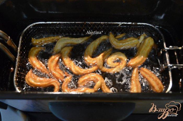 Фото приготовление рецепта: Мини- чуррос шаг №5