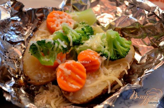фото рецепта: Картофель в фольге в духовке