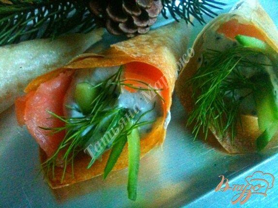 Рецепт Закусочные кулечки с икорным муссом и семгой