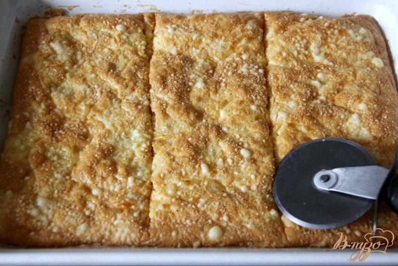 Фото приготовление рецепта: Сырная лепёшка со слабосолёным  лососем шаг №5