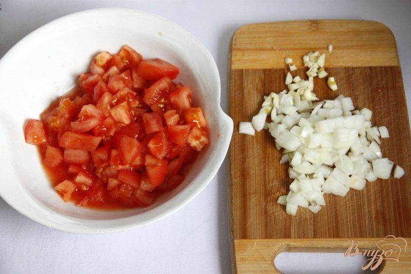 Фото приготовление рецепта: Рыбно-рисовая запеканка  под тыквенно-томатным соусом шаг №1