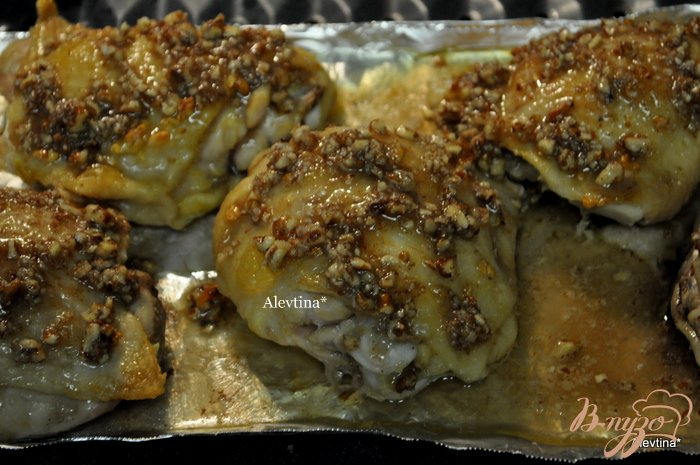 Фото приготовление рецепта: Куриные бедрышки в сладкой глазури шаг №3