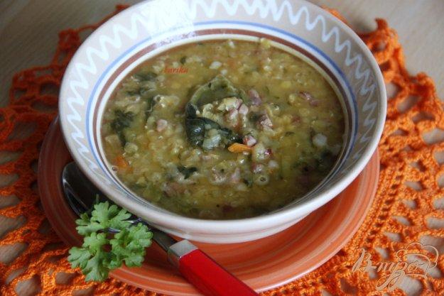 фото рецепта: Суп с чечевицей и шпинатом по мотивам  от Джейми Оливера