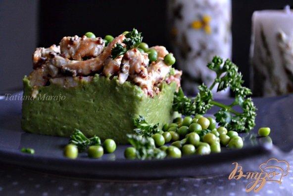 Рецепт Куриное мясо с пюре из зеленого горошка