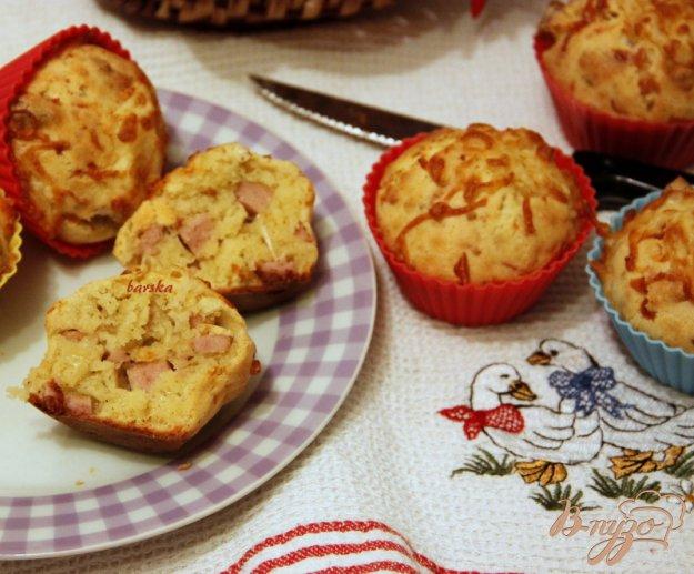 Рецепт Закусочные кексы с сыром и колбасным хлебом