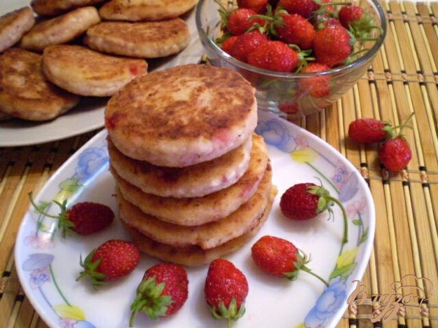 Рецепт Сырники с клубникой