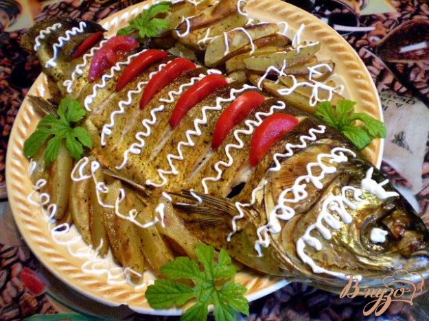 фото рецепта: Рыба с овощами в духовке