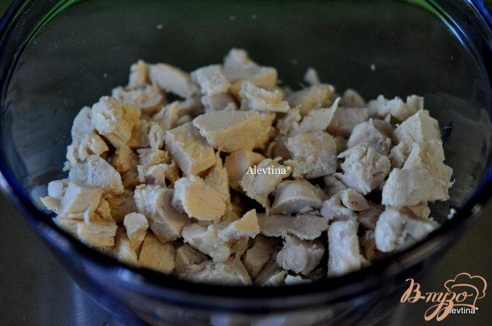 Фото приготовление рецепта: Салат из птицы шаг №1