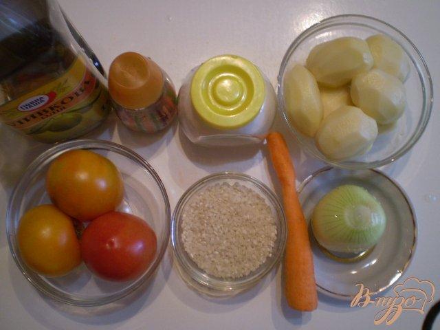 Фото приготовление рецепта: Рисово-томатный суп шаг №1