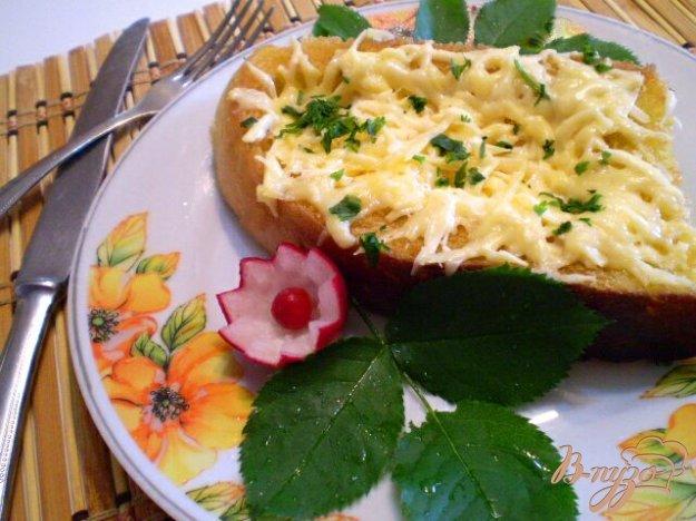 фото рецепта: Яйцо в хлебе под сыром