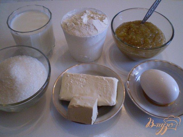 Фото приготовление рецепта: Булочки с джемом шаг №1