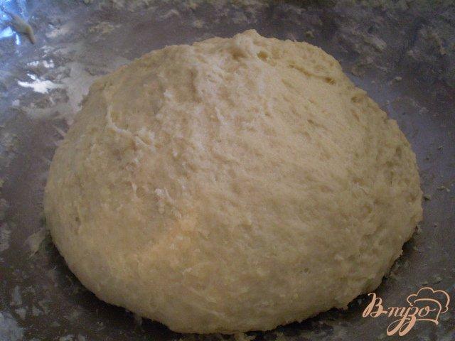 Фото приготовление рецепта: Булочки с джемом шаг №4