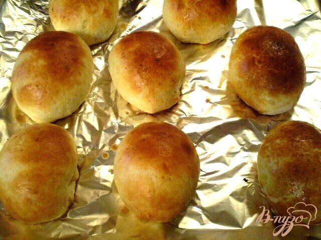Фото приготовление рецепта: Булочки на сыровотке шаг №11