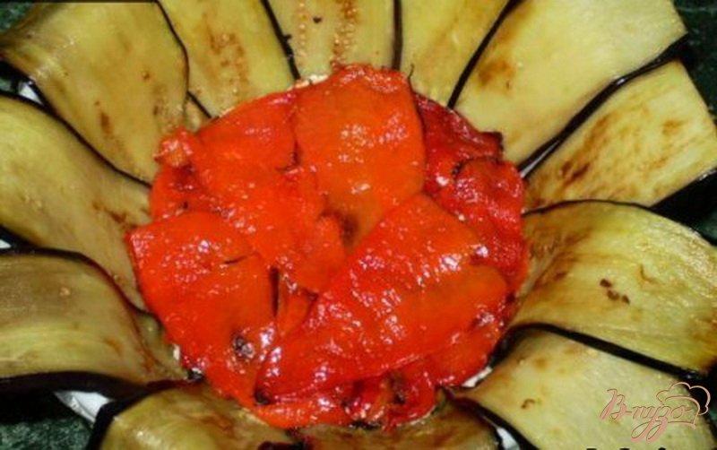 Фото приготовление рецепта: Террин из баклажанов, сладкого перца и сыра шаг №5
