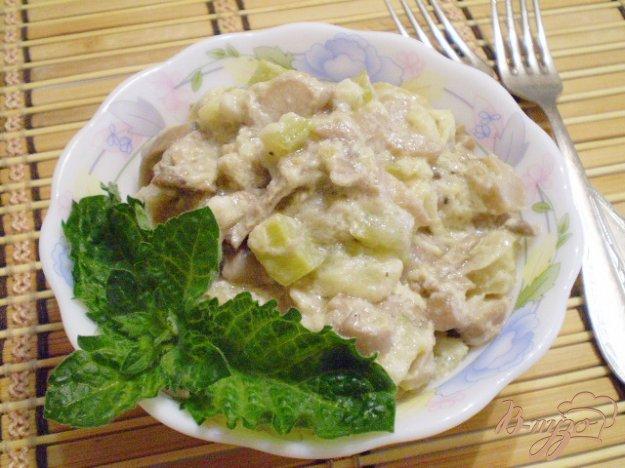 Рецепт Кабачок с грибами в сметане