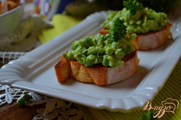 Рецепт Бутербродики с зеленым горошком и рикоттой