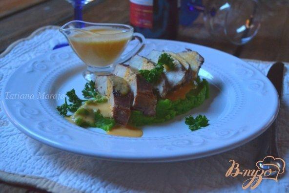 Рецепт Куриные грудки с пюре из брокколи и соусом из тыквы