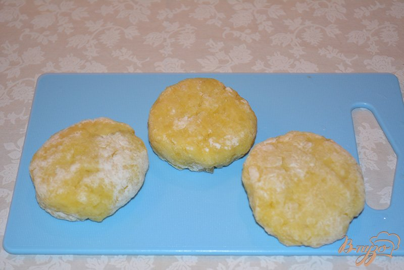 Фото приготовление рецепта: Картофельные зразы с грибами по-польски шаг №7