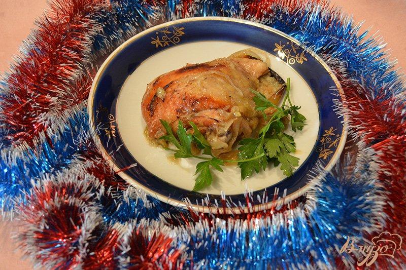 Фото приготовление рецепта: Курица с яблоком, запеченая в рукаве шаг №6