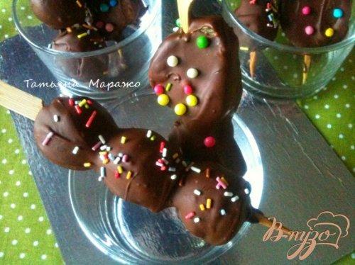 Фрукты в молочном шоколаде