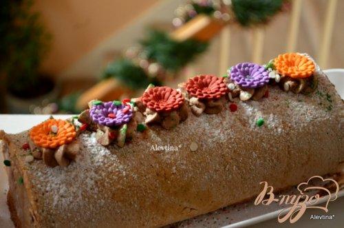 Пекановый рулет с шоколадной начинкой
