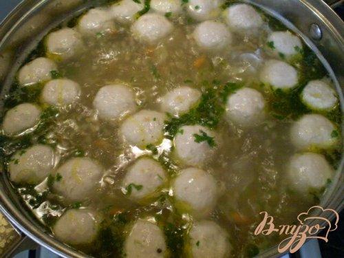 Пшеничный суп с фрикадельками