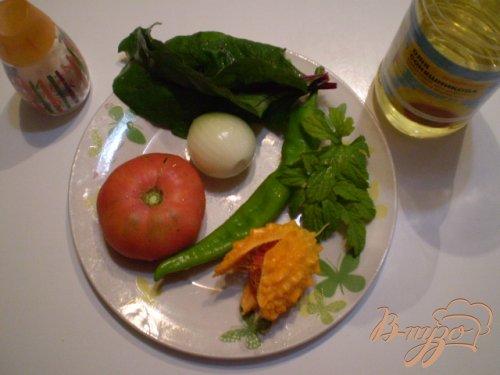 Салат с момордикой