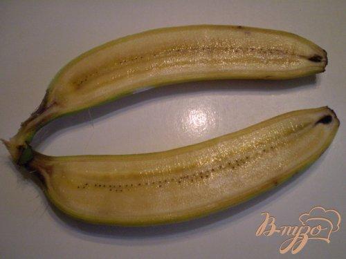 Десерт в банановых шкурках
