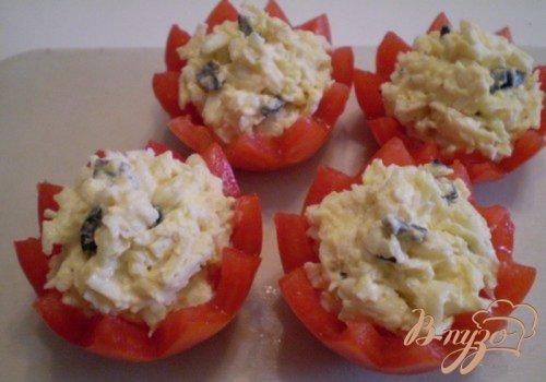 Еврейский салат в помидорных корзинках