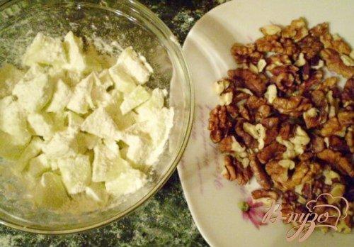 Манник постный с яблоком и грецкими орехами