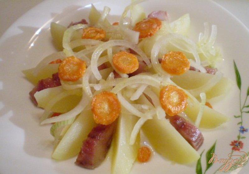 Фото приготовление рецепта: Картофельный салат с селедкой шаг №5