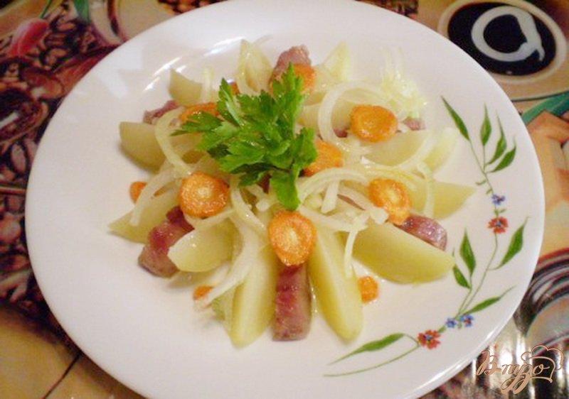 Фото приготовление рецепта: Картофельный салат с селедкой шаг №6