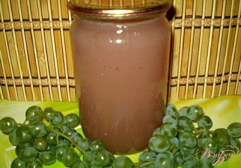 Фото приготовление рецепта: Натуральный виноградный сок из соковарки шаг №6