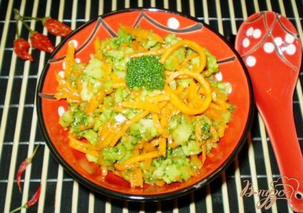 Рецепт Салат из брокколи и моркови по-корейски