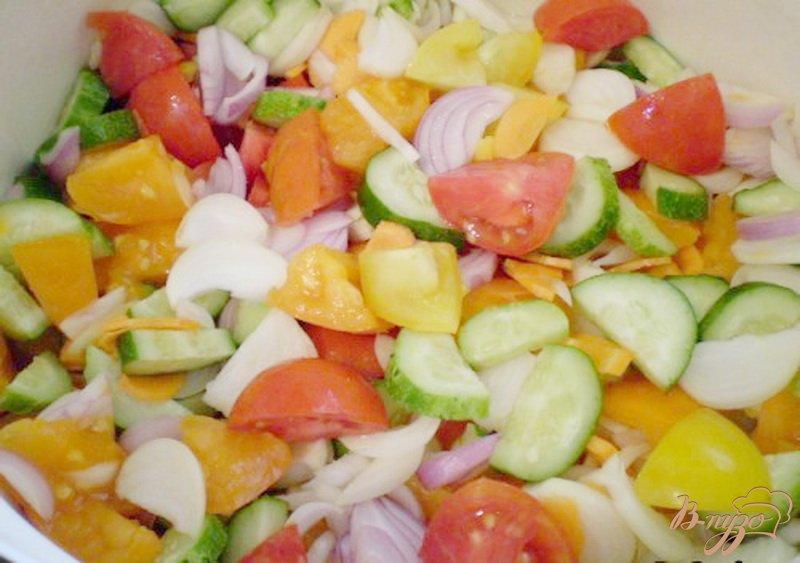 Фото приготовление рецепта: Овощной салат на зиму шаг №2