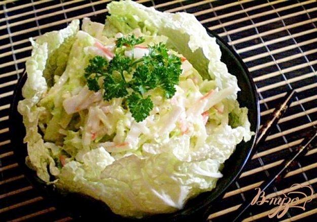 Рецепт Салат из пекинской капусты и крабовых палочек