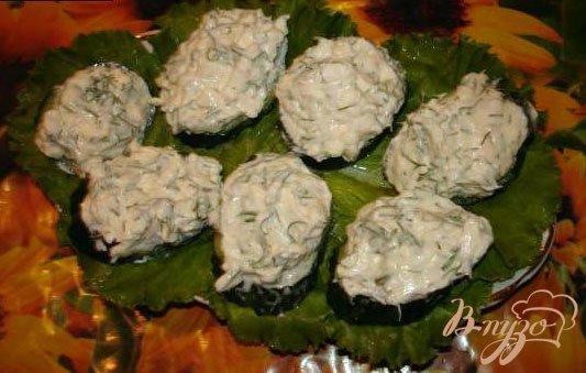 Фото приготовление рецепта: Огуречные канапе с креветками шаг №3
