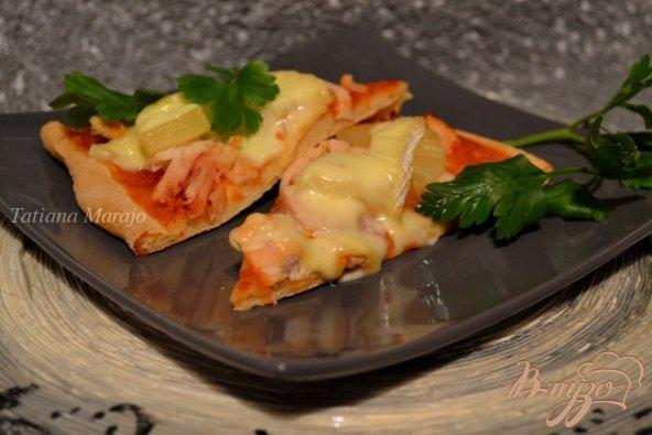 Рецепт Пицца с куриным мясом и ананасом