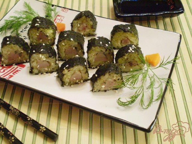 Фото приготовление рецепта: Ролл из отварного картофеля и селедочки шаг №5