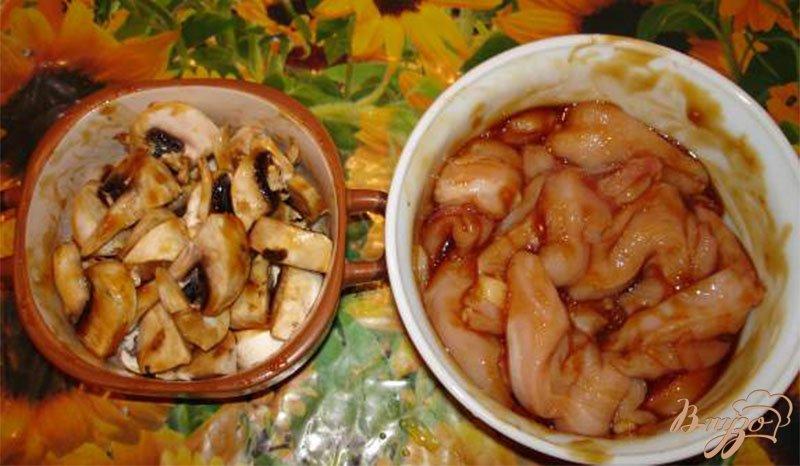 Фото приготовление рецепта: Курица в соусе Терияки шаг №2