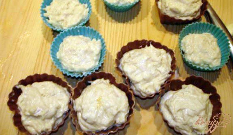 Фото приготовление рецепта: Сметанные булочки с повидлом шаг №6