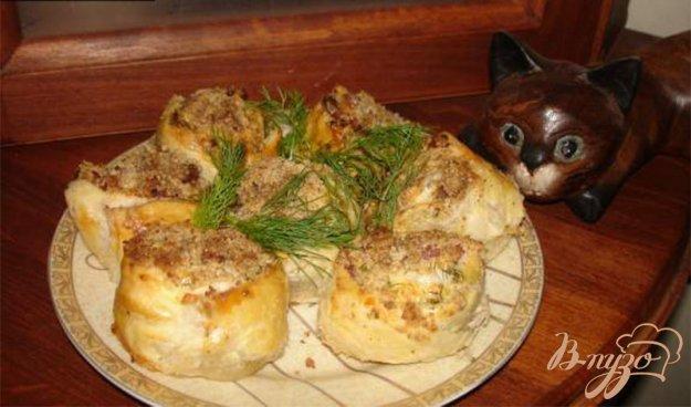 Рецепт Ореховые столбики из слоеного теста с ветчиной и сыром
