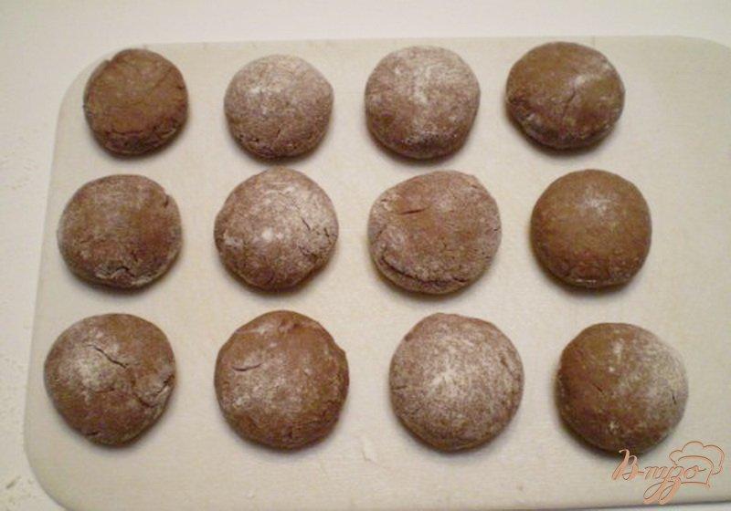 Фото приготовление рецепта: Печенье шоколадное шаг №5