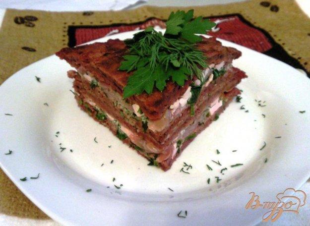 Рецепт Закусочный торт из свекольных блинчиков