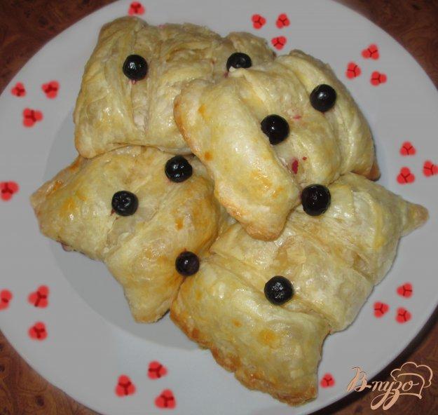 Рецепт Пирожки с творогом из слоеного теста