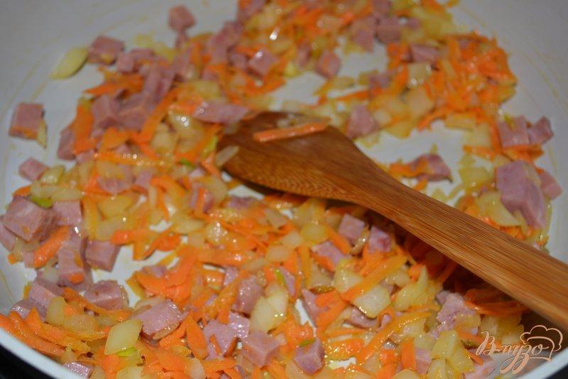 Фото приготовление рецепта: Капустняк картофельный с ветчиной шаг №5