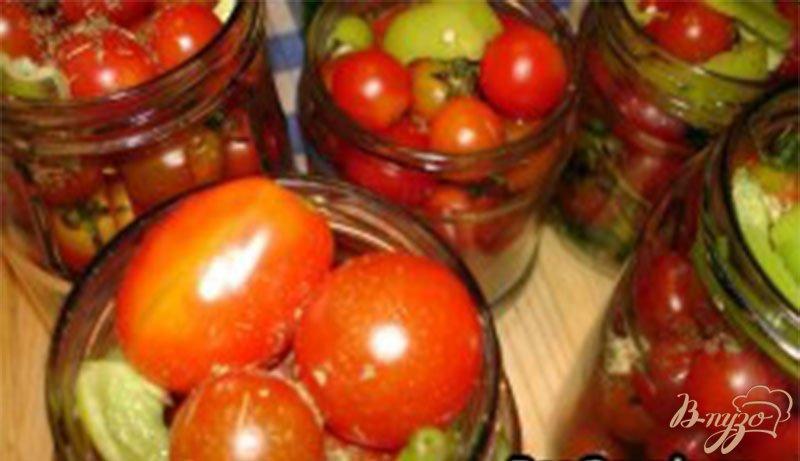 Фото приготовление рецепта: Помидоры черри с хвостиками маринованные шаг №4